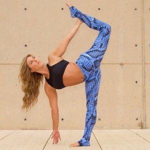 Amy Flex snake leggings